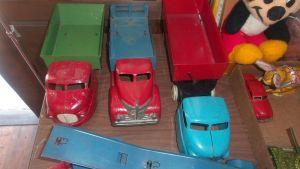 antique-trucks-be