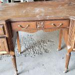 old_desk_2_20